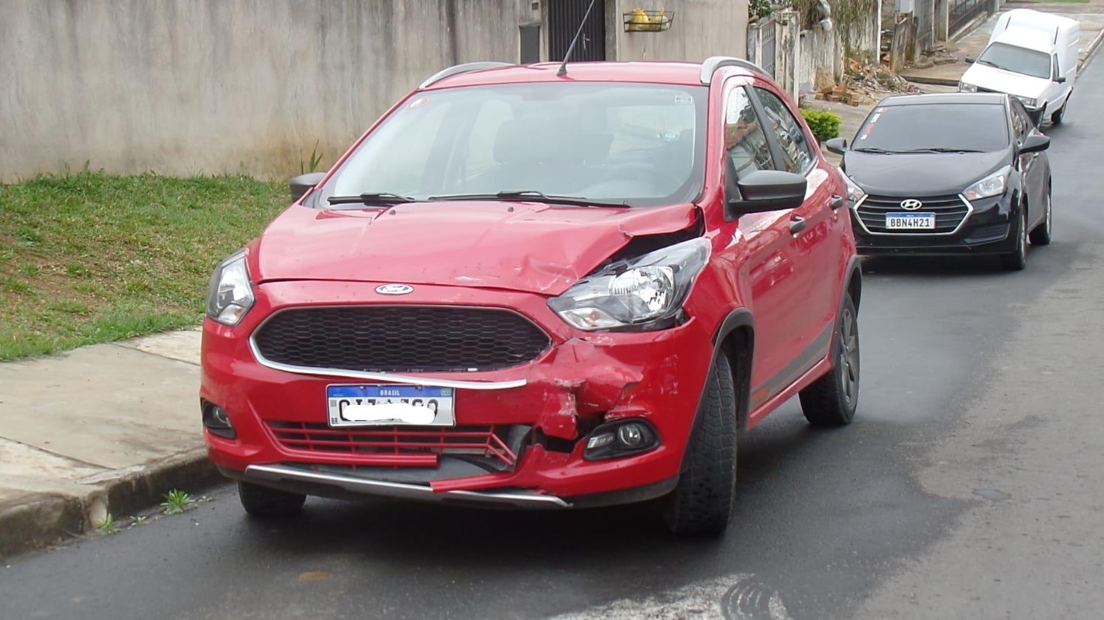 Condutora provoca acidente depois de avançar preferencial na Vila Isabel