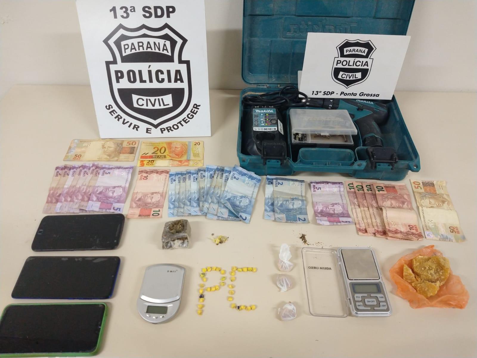 Polícia Civil de PG prende homem e mulher  por tráfico de drogas