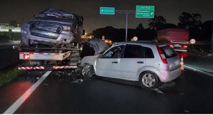 Homem morre a caminho da igreja em acidente