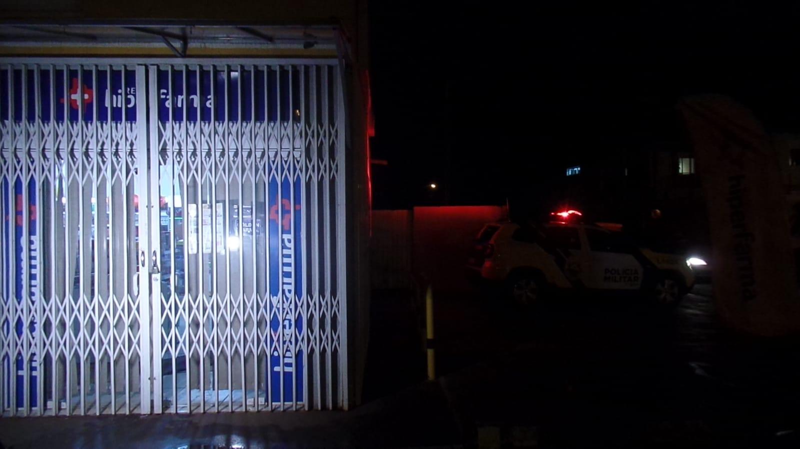 Homem apanha de populares e é detido pela GM após tentar assaltar farmácia em Ponta Grossa