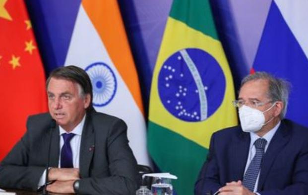 Bolsonaro participa da abertura da 13ª Cúpula do Brics