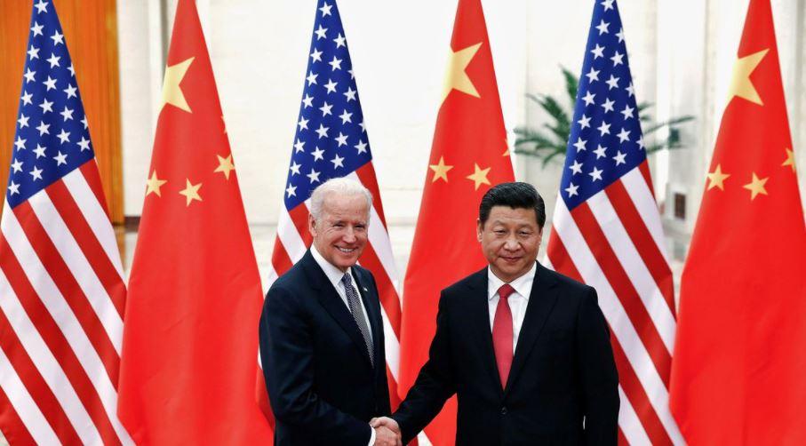 Biden e Xi discutem por telefone necessidade de evitar conflito