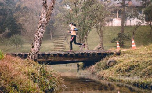 Distrito de Uvaia recebe pela primeira vez prova de corrida