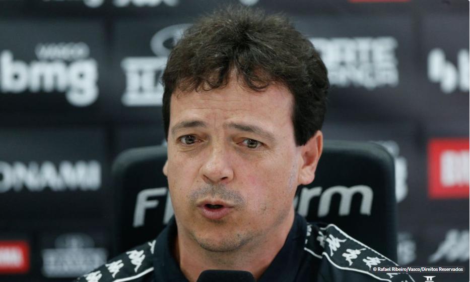 Vasco apresenta técnico Fernando Diniz oficialmente