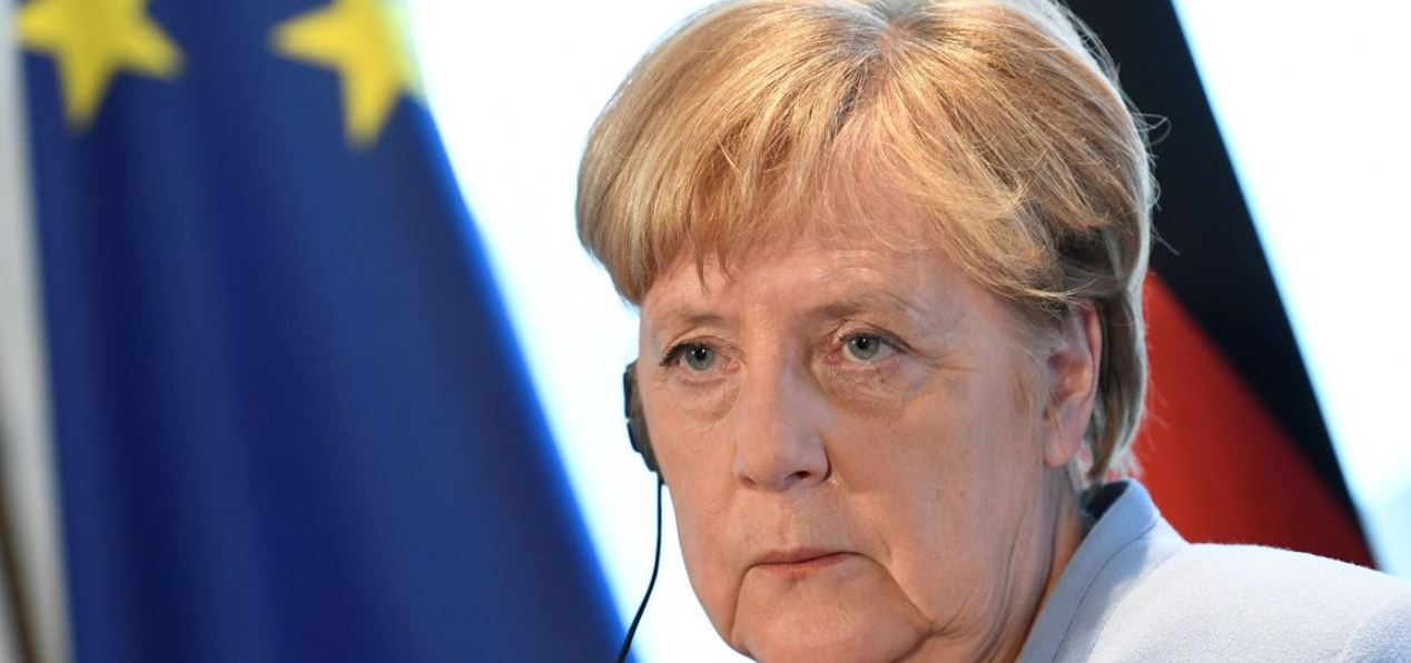 Merkel quer negociar com Talibã