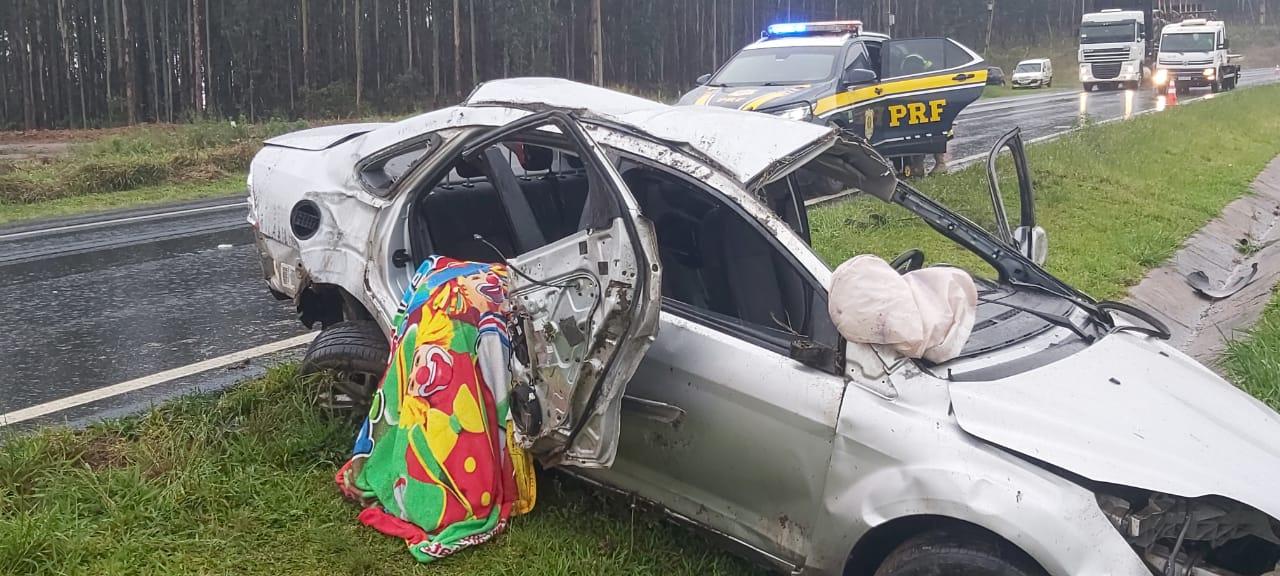 Acidente na BR-376 tira a vida de  idosa e deixa 4 pessoas feridas